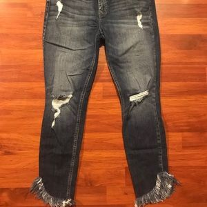 Denim - Eunina Mid rise cropped jeans size 11